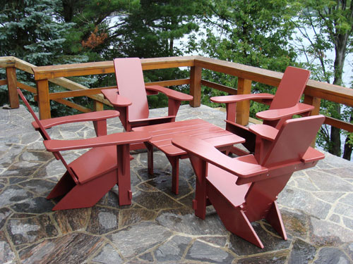 4 Westport Chairs & Table in a Frank Lloyd Wright Setting
